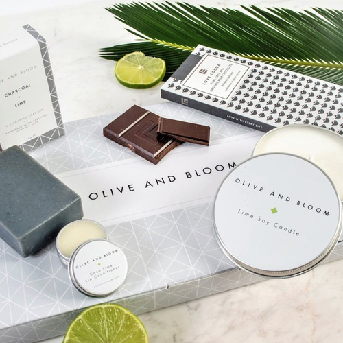 Olive and bloom gift set graphic design